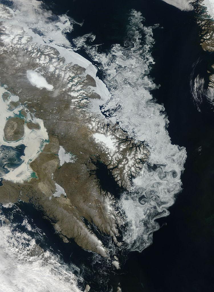 751px-Sea_Ice_off_Baffin_Island.jpg